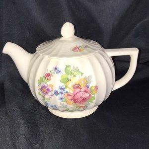 Vintage ART DECO Cosmopolitan Ware Teapot~La Marr